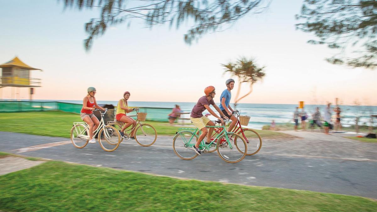 """قم باستئجار دراجتك و خذ جولة حول ساحل """"جولد كوست"""""""