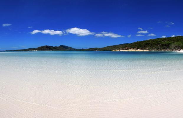شاطئ وايت هافنWhitehaven Beach أحد أفضل الشواطئ في أستراليا