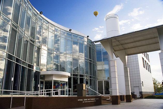 مركز كويست تاكون الوطني للعلوم والتكنولوجيا-كانبرا