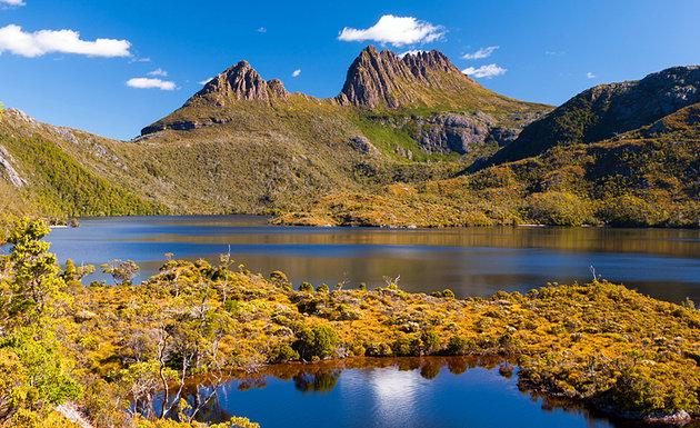 جبل كرادل بحديقة بحيرة كليرالوطنية- تسمانيا