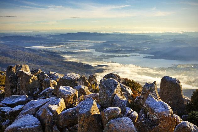 إطلالة من كوناني أو (جبل ولينغتون)-تسمانيا